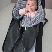 snoozebaby_wrap_blanket_trendy_wrapping_organic_grey_grijs_baby_auto_stoel_1
